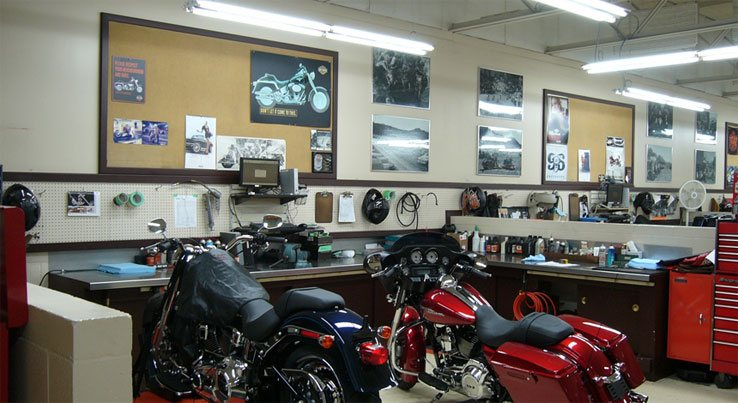 motorcycle shop lighting